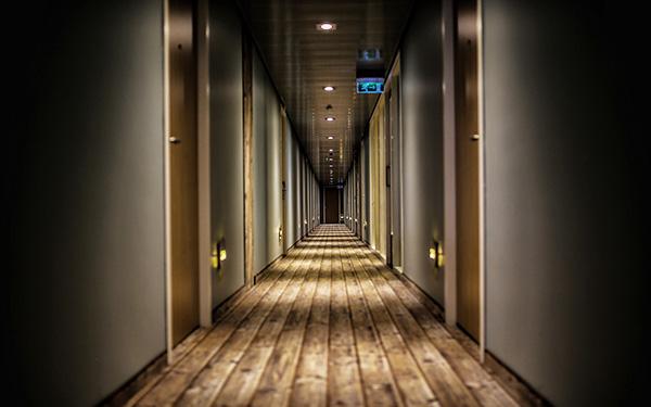 couloir d'hotel